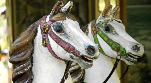 Historisches Pferdekarussell Kiewittmarkt in Jever 2018